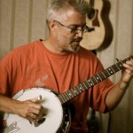Andrew Plays and Teaches 5 String Banjo - Devon